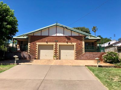 8B Dowell Avenue , Tamworth