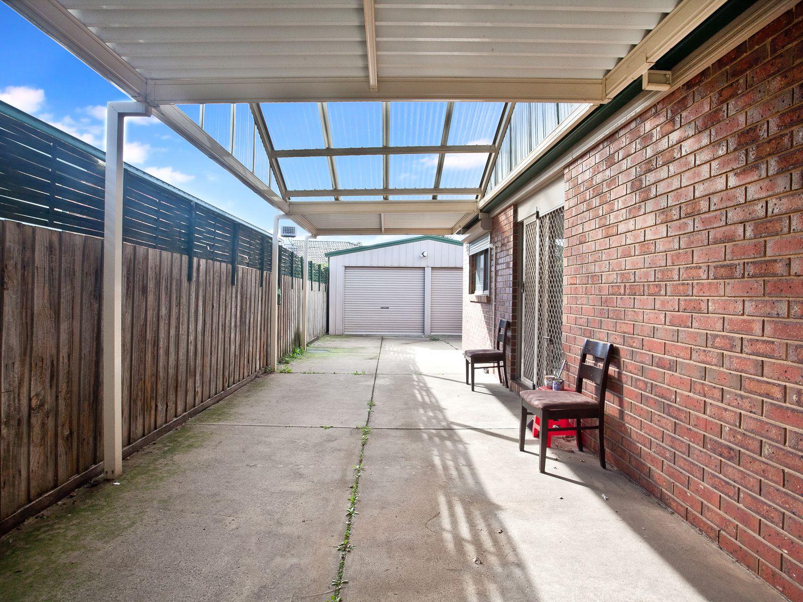4 Bottlebrush Court, Sunshine West
