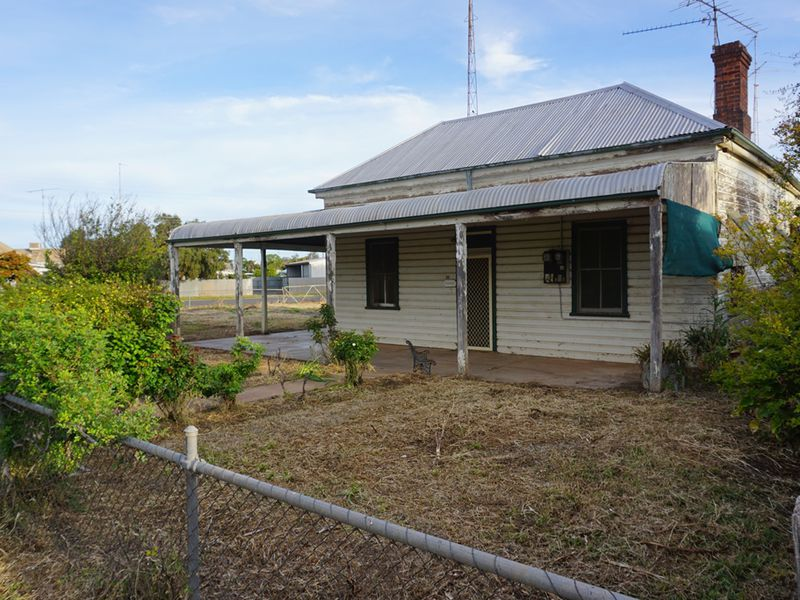 22 Shire Street, West Wyalong