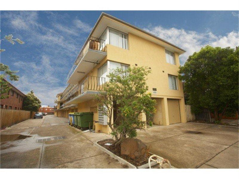 14 / 709 Barkly Street, West Footscray