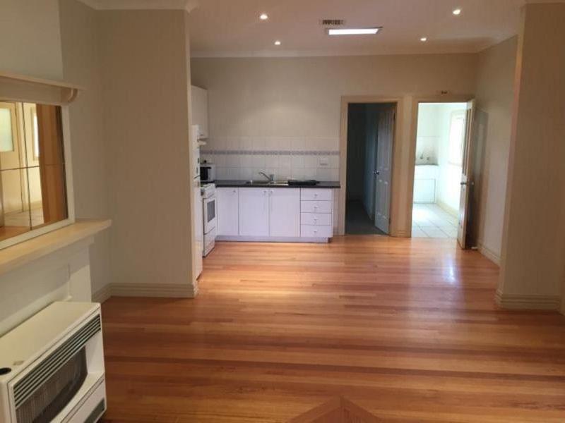 480a Geelong Road, West Footscray
