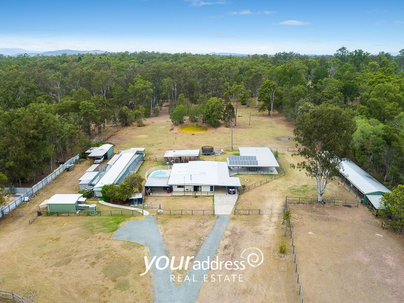221-229 Carter Road, Munruben