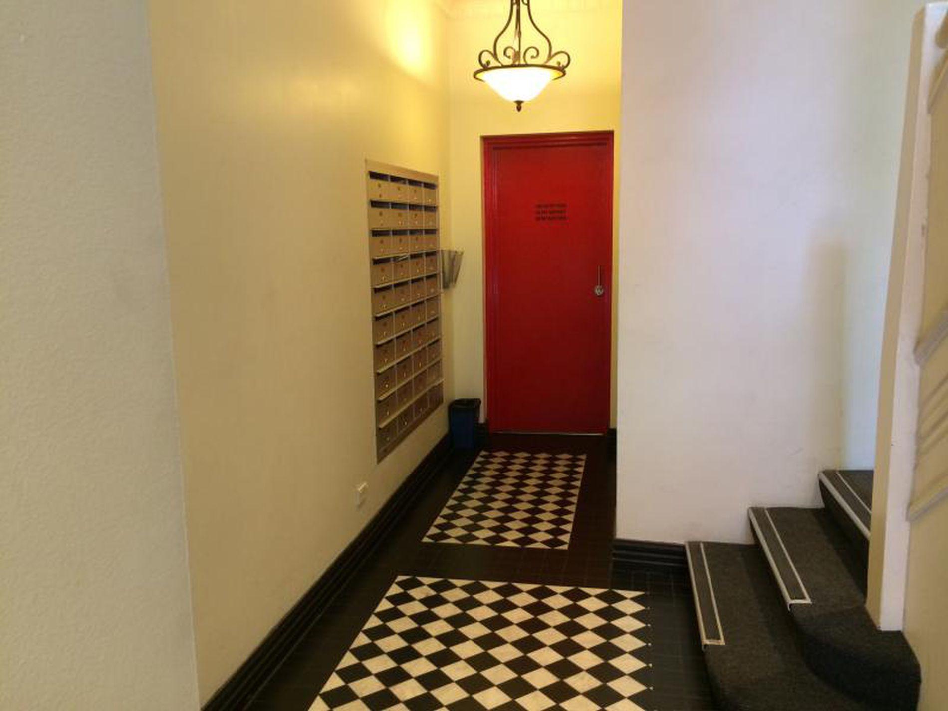203 / 65 Elizabeth Street, Melbourne
