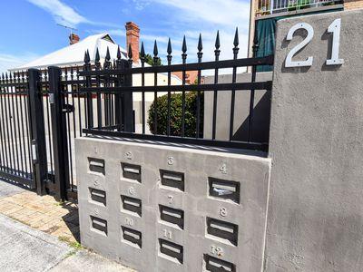 2 / 21 Dangan Street, Perth