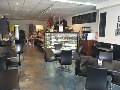 Cafe La La