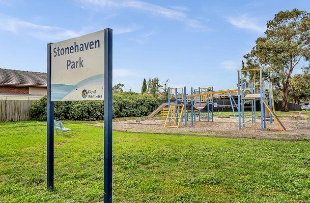 10 Stonehaven Drive, Thomastown