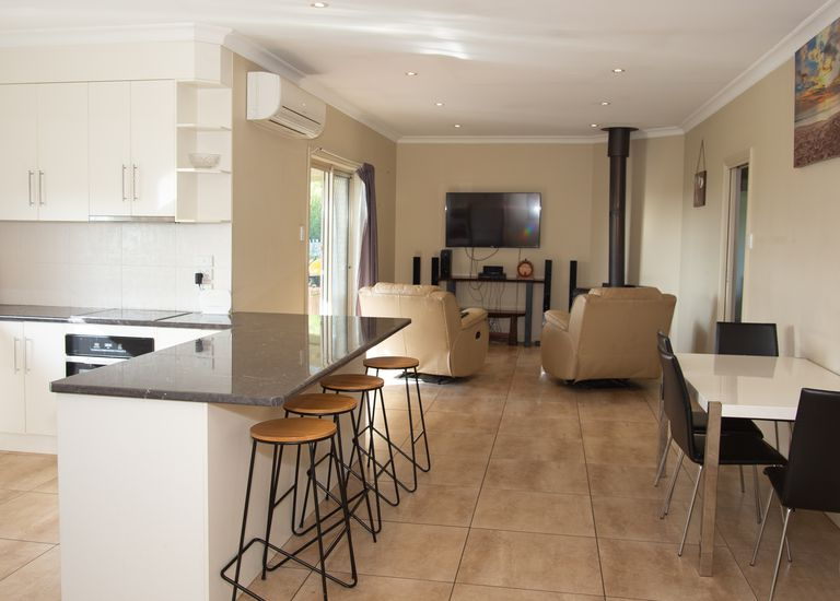 8 Bakers Court, Millicent