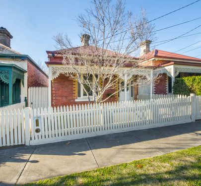 12 Agatha Street, Essendon