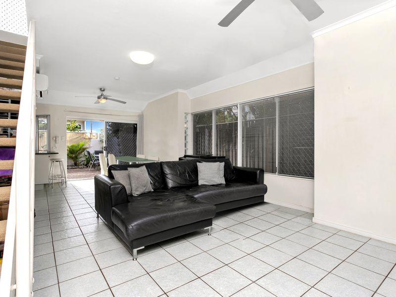 1 / 67 Digger Street, Cairns North