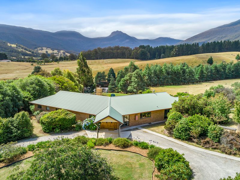 85 Gums Road, Mountain River