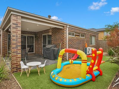 10 Bayrise Road, Point Cook