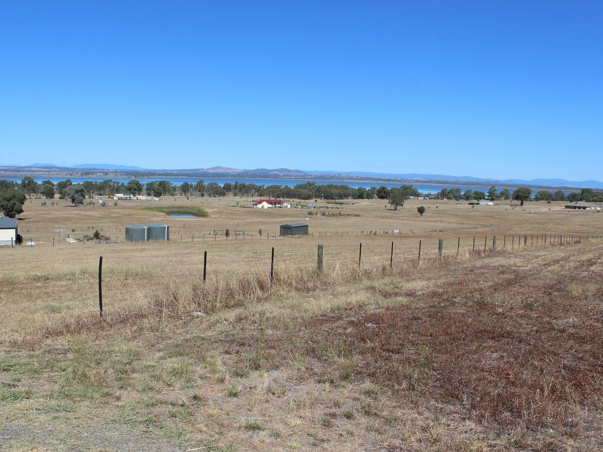 Lot 40, Lakeside Drive, Chesney Vale