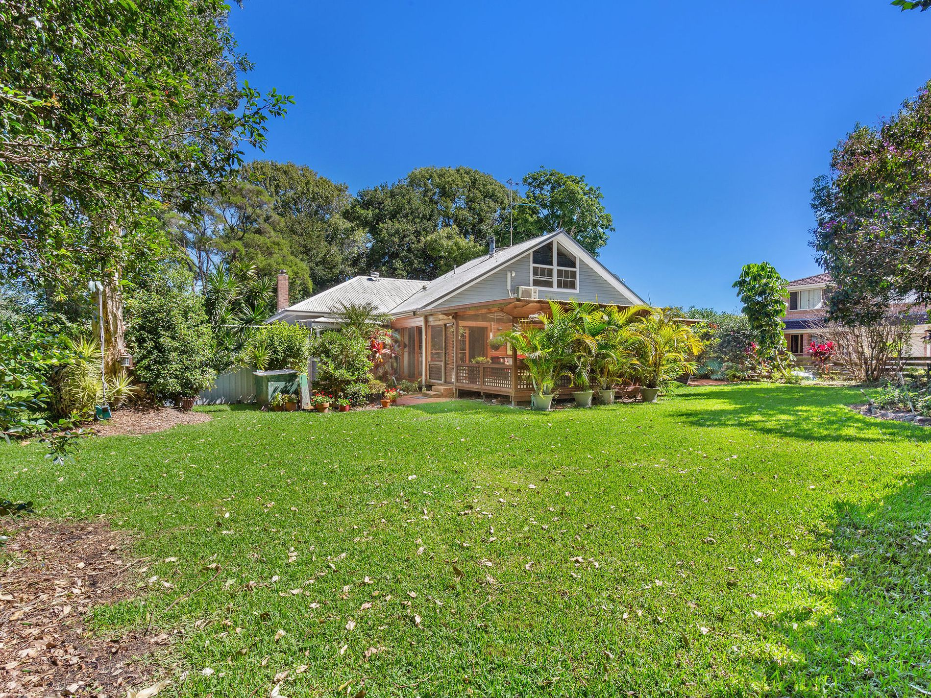 60 The Lakes Way , Forster