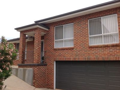 2 / 4 Wollemi Close, Tamworth