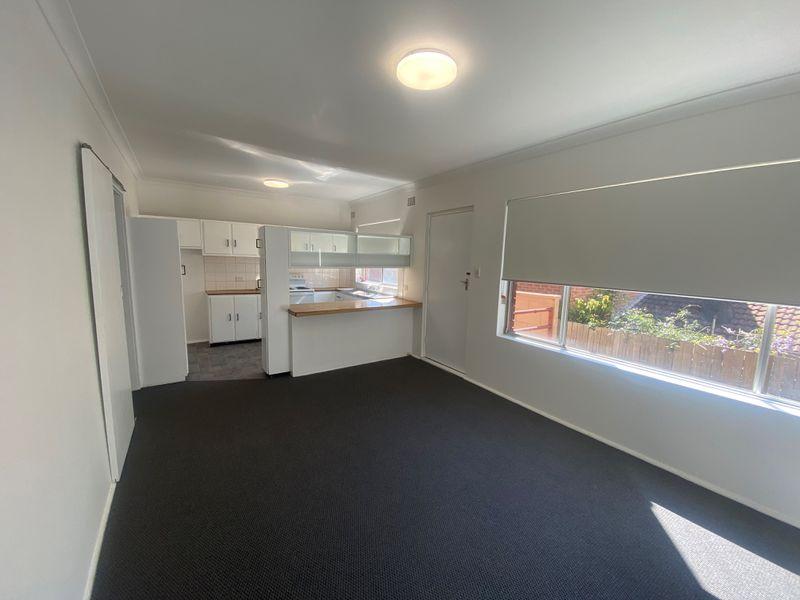 2 / 15 View Street, North Wollongong