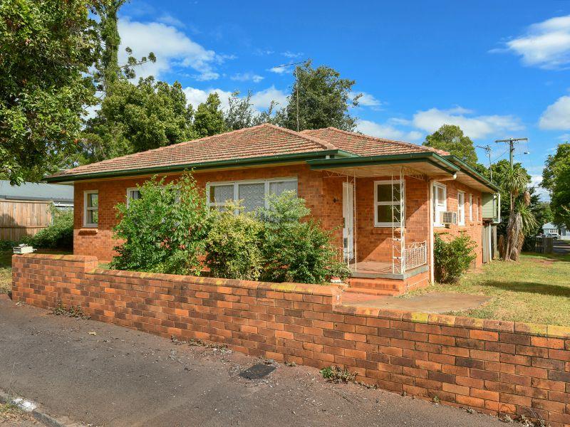 22 French Street, East Toowoomba
