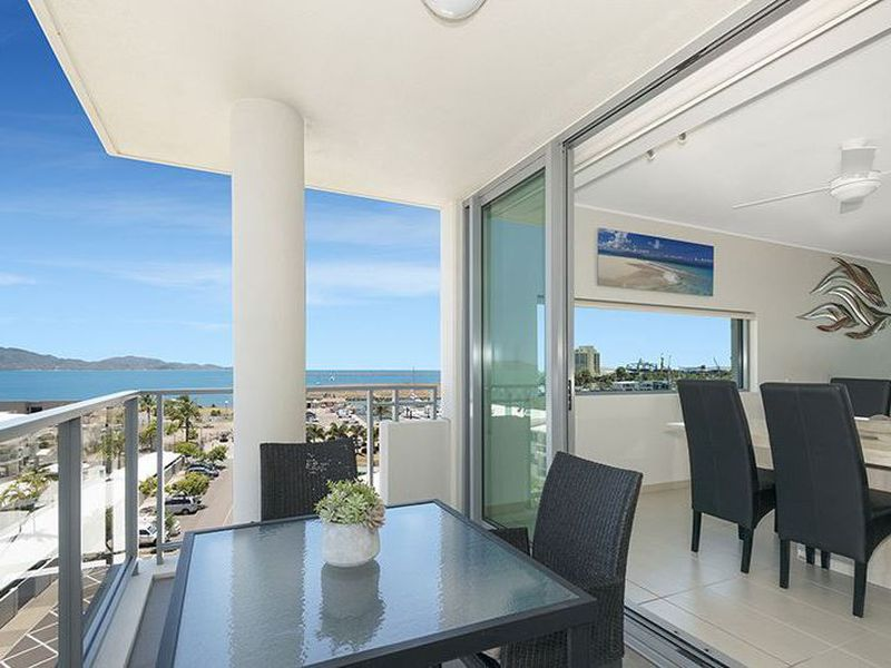 2601 / 6 Mariners Drive, Townsville City