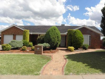 11 The Mews, Tamworth
