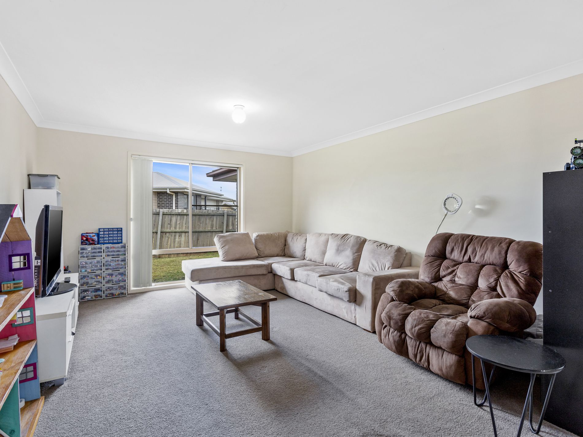 24 Wareena Crescent, Glenvale