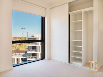 702 / 8C Evergreen Mews, Armadale