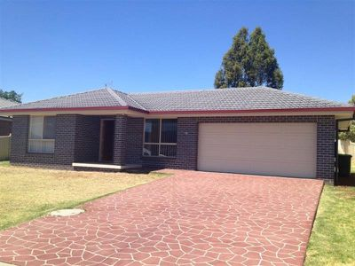 11 Penlee Road, Tamworth