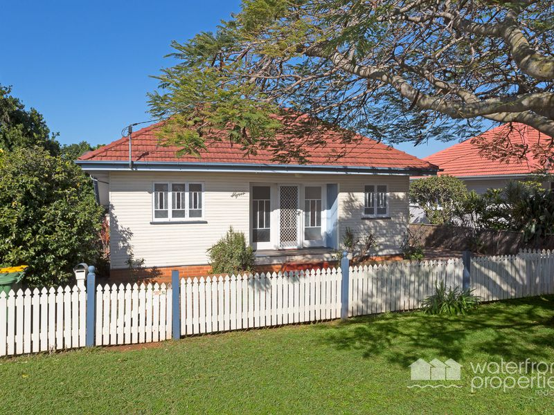 5 SILVESTER STREET, Redcliffe