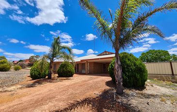 147 Woodley Farm Drive, Northam