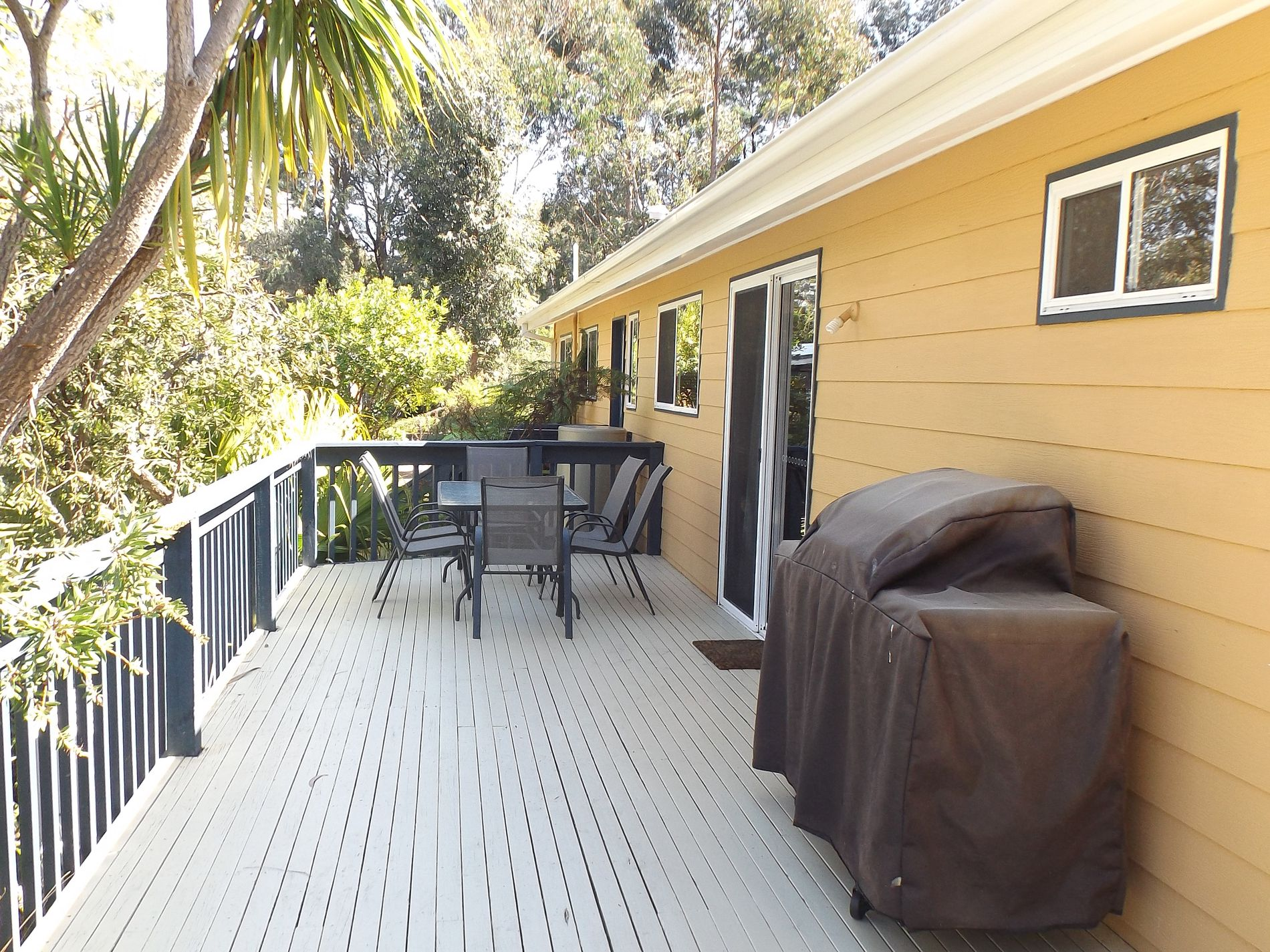 6 Wrights Close, Mallacoota