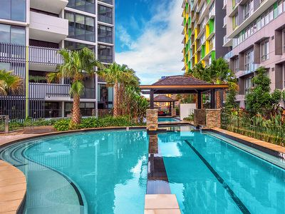 2205 / 10 Trinity Street, Fortitude Valley