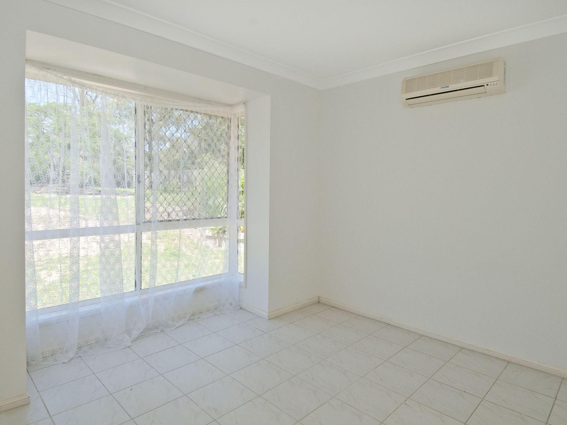 125 Henderson Road, Jimboomba