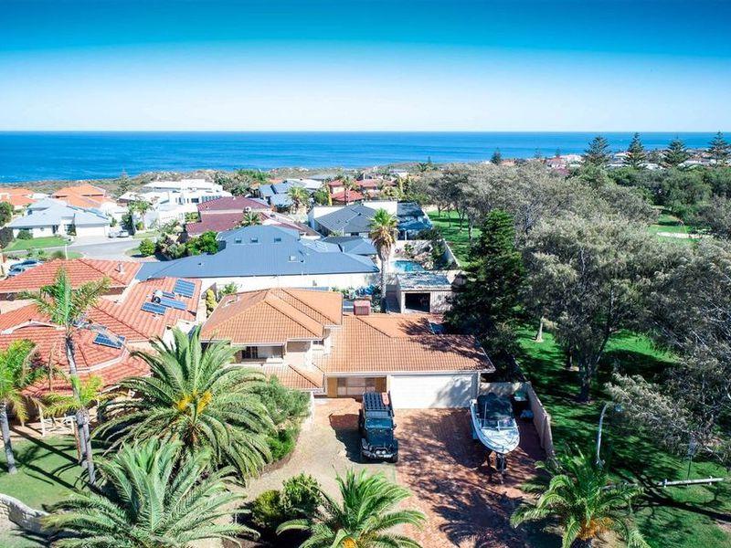 136 Southern Cross Circle, Ocean Reef