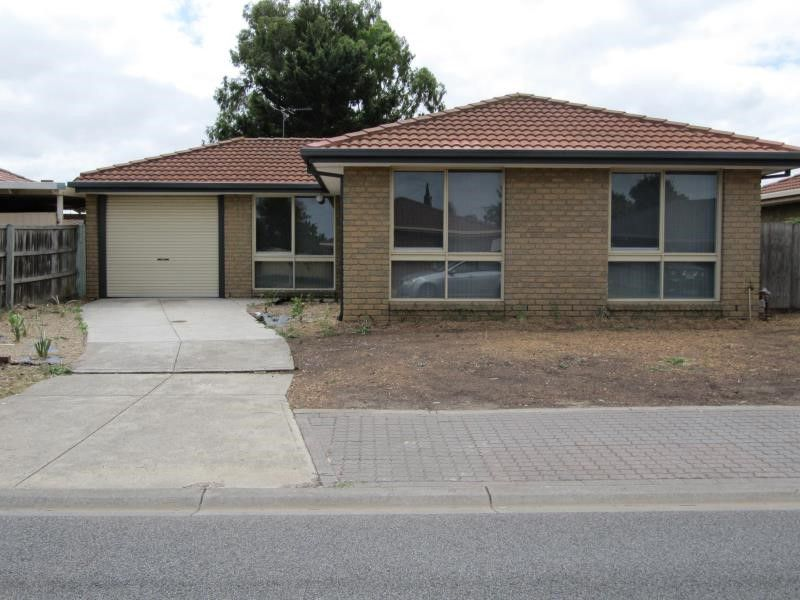 1 / 3 Ganges Court, Werribee