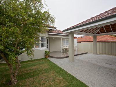 242 St Brigids Terrace, Doubleview