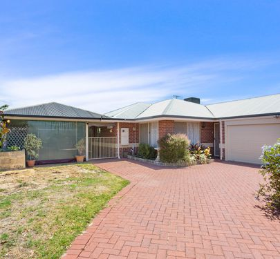 89a  Kitchener Road , Alfred Cove