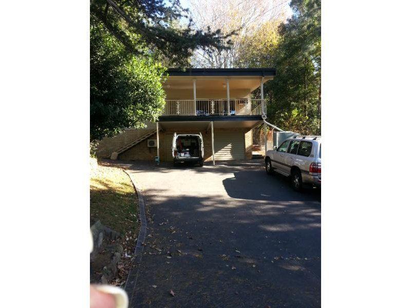 166 Brokers Road, Mount Pleasant