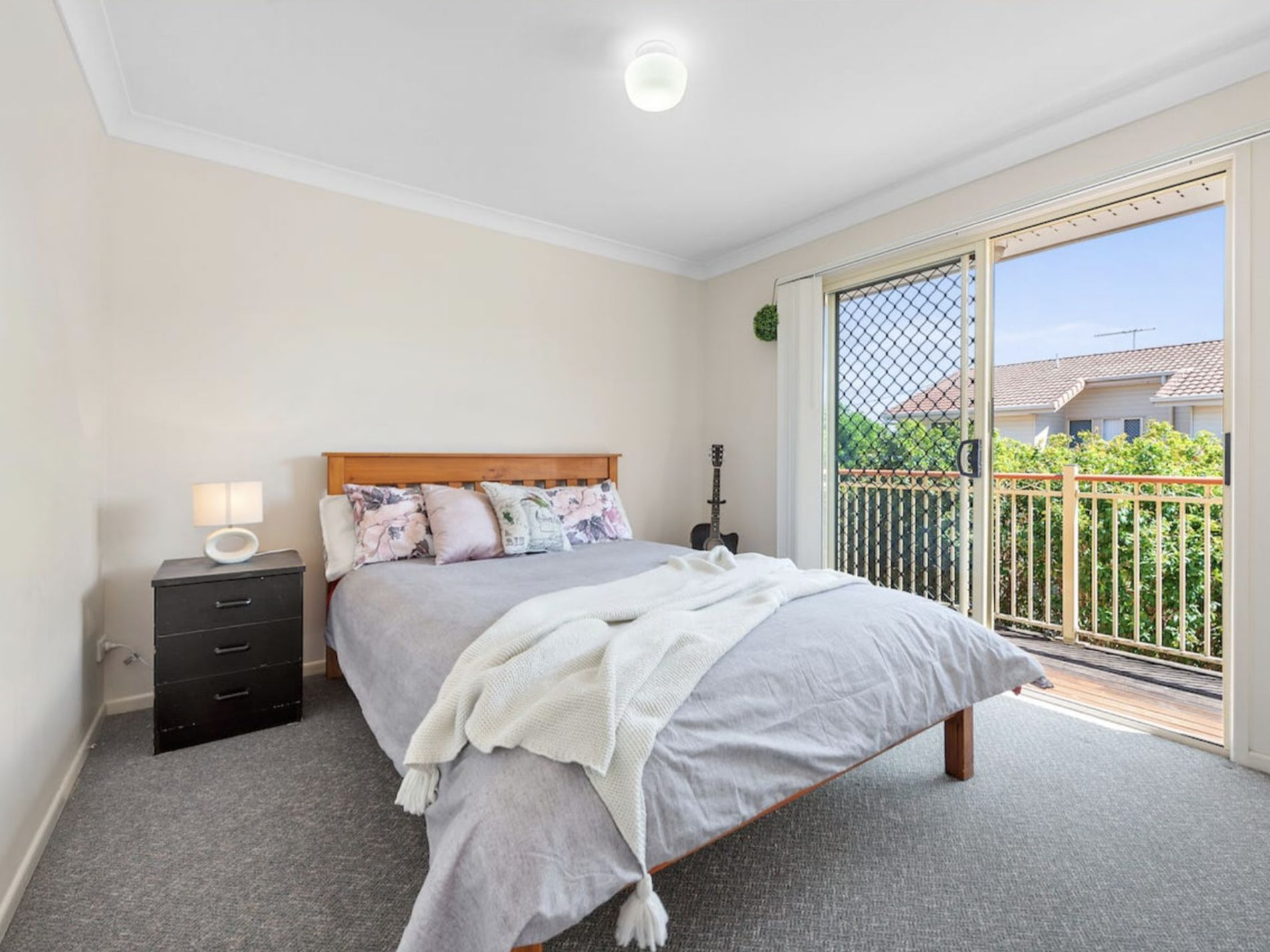 2 / 67 Lower King Street, Caboolture