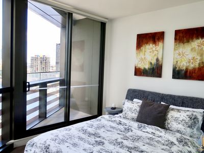 Stylish One Bedroom Apartment, Docklands