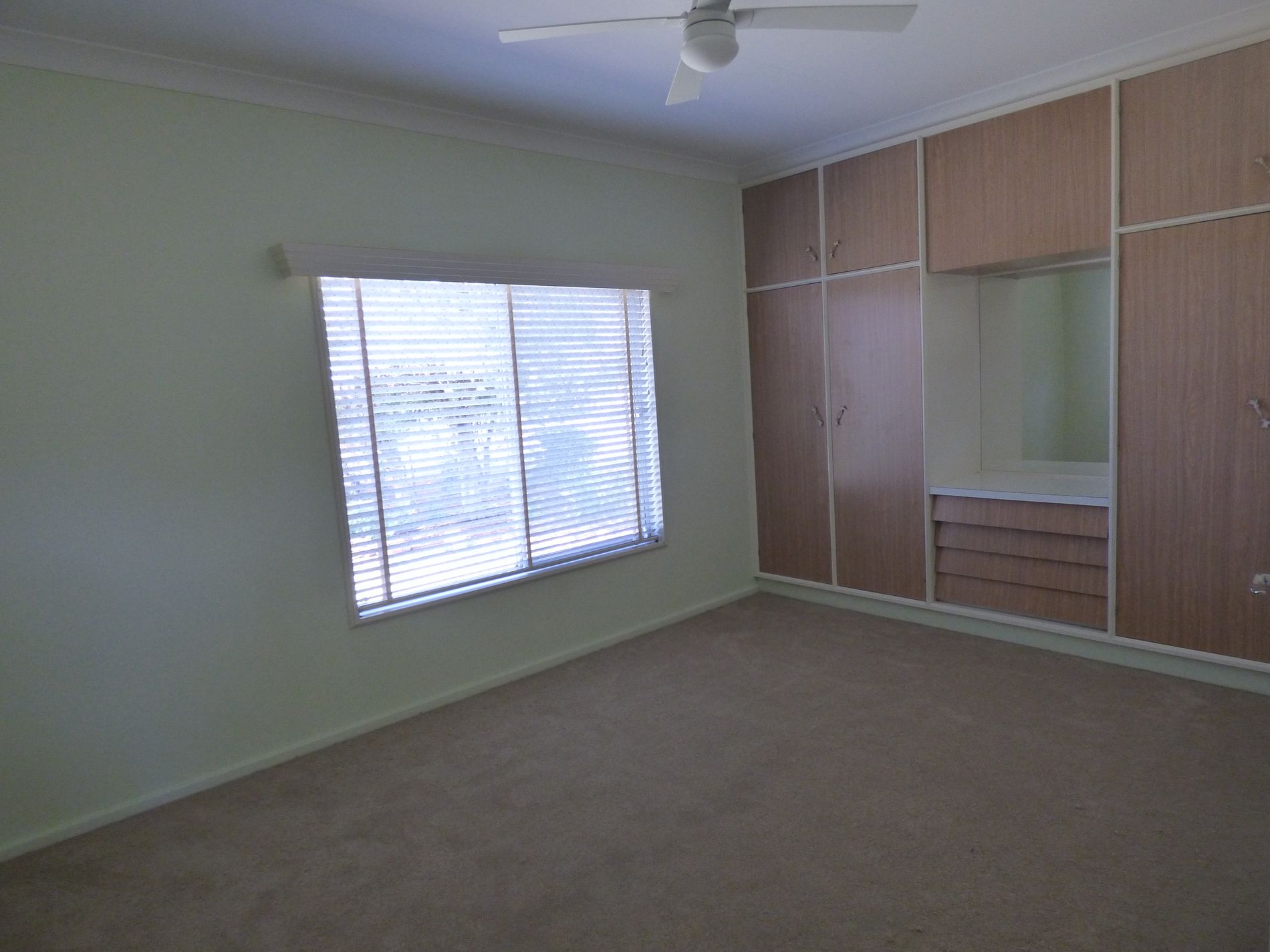 1 Collins Road, Griffith