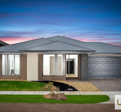 2 LIDORUS PLACE , Clyde