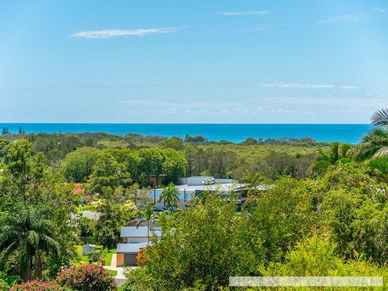 16 Jarrah Crescent, Ocean Shores