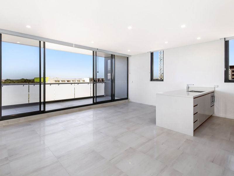 409 / 5 Confectioners Way, Rosebery