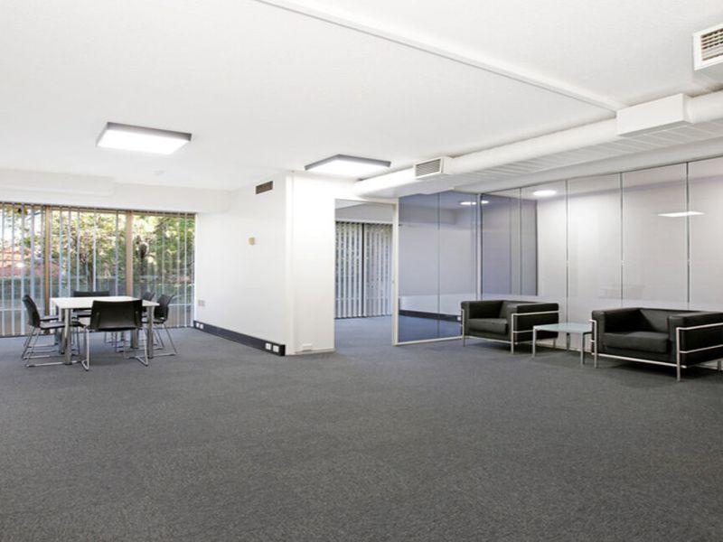 Suite 7 / 174  Pacific Highway, North Sydney