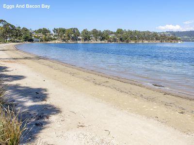 52 Cray Point Parade, Eggs And Bacon Bay
