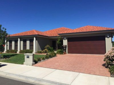 6 Riesling Road, Tamworth
