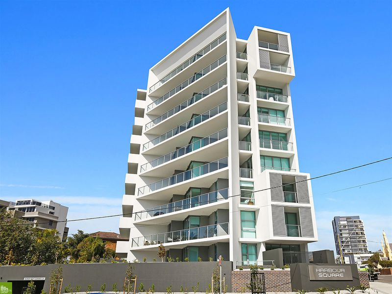 102 / 17-23 Harbour Street, Wollongong