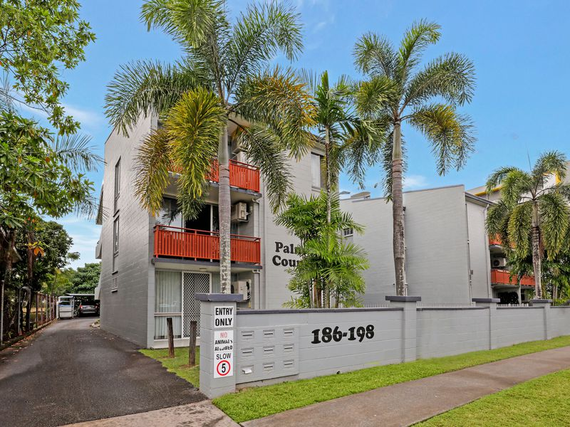 12 / 186 Lake Street, Cairns North