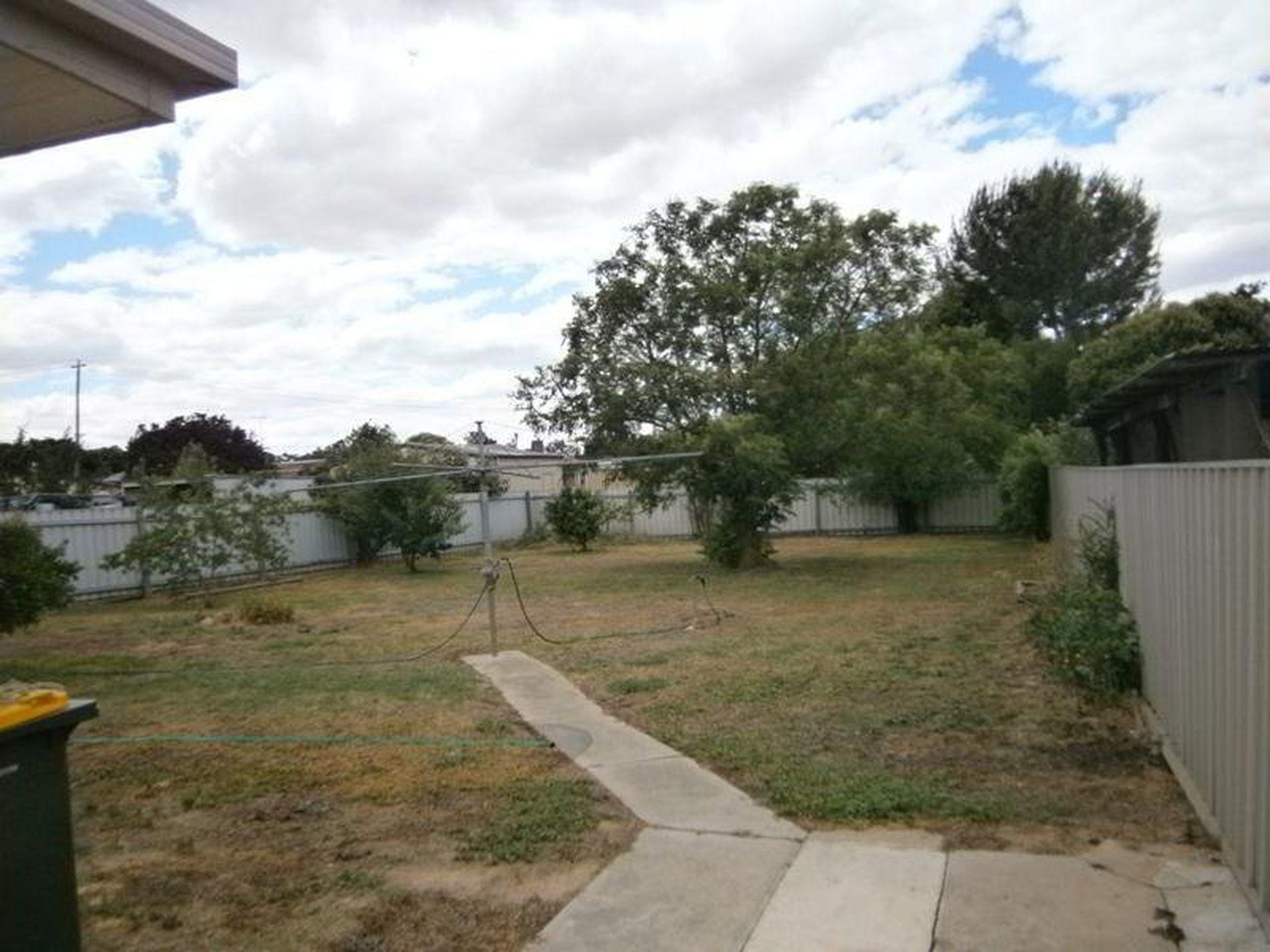 5 Manley Crescent, Wangaratta
