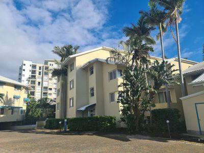 10-16 Alexandra Avenue, Mermaid Beach