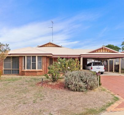 84 Templetonia Promenade, Halls Head