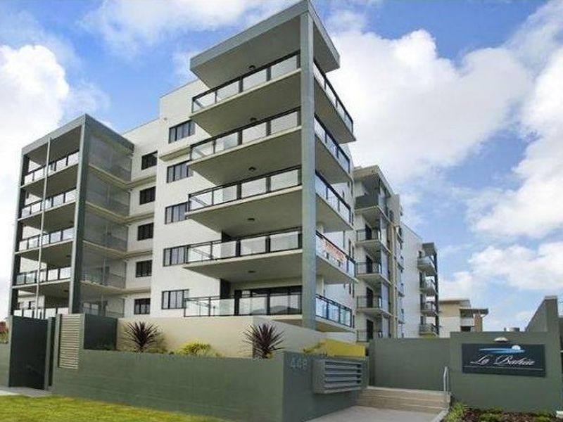 2 / 448 OXLEY AVENUE, Redcliffe